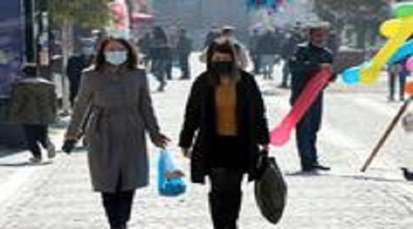 Birçok kentten ardı ardına yeni koronavirüs kararları geliyor... 3 gün karantina... Pazarlar kapatıldı...