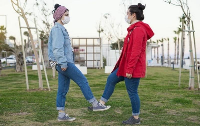 0-18 yaş aralığındaki çocuklar ve gençlerin sokağa çıkma izni hakkında flaş açıklama