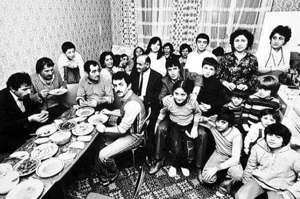 Almanya'da çalışan Mehmet'in 23 çocuğu olduğunun öğrenilmesi Almanya'da günün konusu oldu.