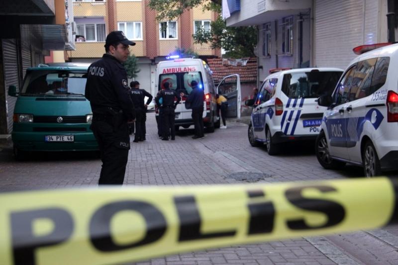 Baba Dehşet Saçtı: 20 Yaşındaki Kızını Silahla Vurarak Öldürdü, Sonrasında Aynı Silahla Kendini Vurdu