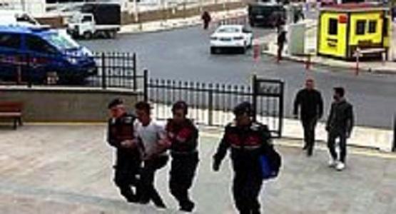 Çok Gürültü Yapıyorlar Diye 9 Çocuğu Havalı Tüfekle Vurdu