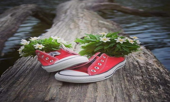 Dar ayakkabı...