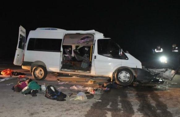 Korkunç Kaza: Çok Sayıda Ölü Ve Yaralı Var