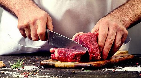 Kurban etinde virüs olur mu? Bilim Kurulu Üyesi'nden çok önemli açıklama