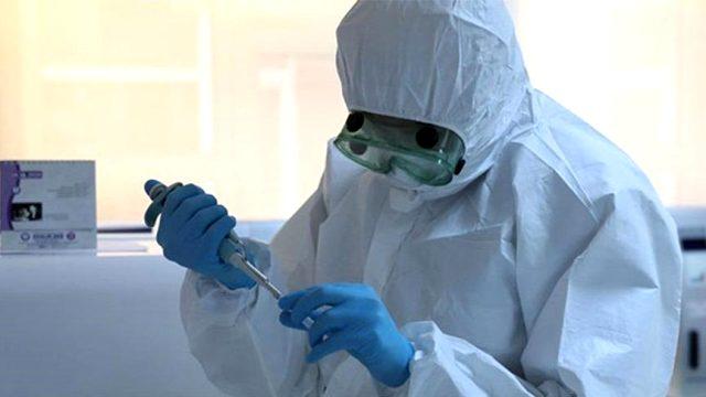 Pfizer BioNTech koronavirüs aşısı olan doktor öldü!