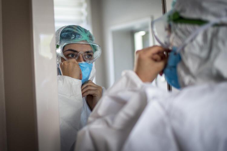 Sağlık Bakanı Fahrettin Koca'dan Bu İller İçin Önemli Uyarı Geldi