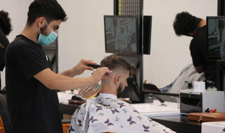 Uzman isimden kritik uyarı: Uzun sakal ve bıyık, koronavirüs bulaş riskini artırıyor
