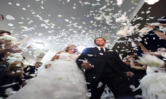 Yaşam tarzınıza, kültürünüze, evlilik yapınıza ve bütçenize uymayan bir düğün, sizin düğününüz değildir, tribünün düğünüdür.