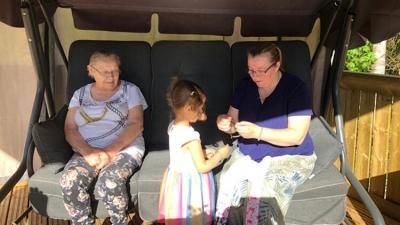 Dünya 3 Yaşındaki Dilara'yı Konuşuyor. Anneannesinin Hayatını Bu Şekilde Kurtardı