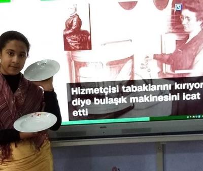 Dünyanın ilk bulaşık makinesini bir kadının bulduğunu biliyor muydunuz?