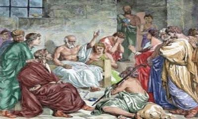 Eski Yunanda Demokrasi Fikri ilk ortaya çıktığında Sokrates bu fikri hiç benimsemediği gibi şiddetle de karşı çıkmıştır.