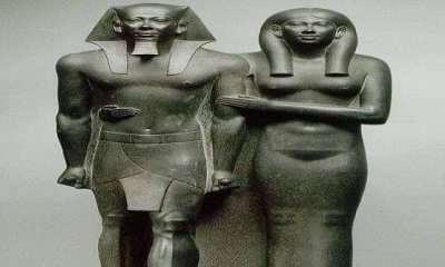 Firavun Menkaure ve eşi Khamerer Nebty'nin Heykeli. Museum of Fine Arts (Boston) / M.Ö.2548-2530