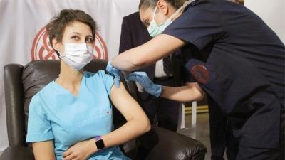 Korona aşı listesi çıkarılıyor! Önce genç ve sağlıklılara uygulanacak
