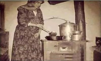 Maddi durumumuz küçükken çok kötüydü, babam eve biraz baklava almıştı.