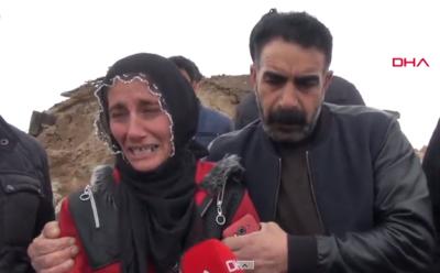 Van'da Yaşanan Deprem Sonrası Kocasını Ve 3 Çocuğunu Kaybeden Kadından Yürek Yakan Feryat