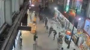 Elazığ'da Deprem Esnasında Binanın Yıkılış Anı Kameralarda: İşte O Korkunç Anlar